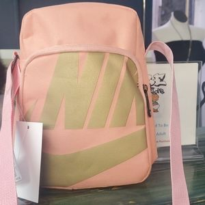 Pink & Gold Nike Crossbody  🔥